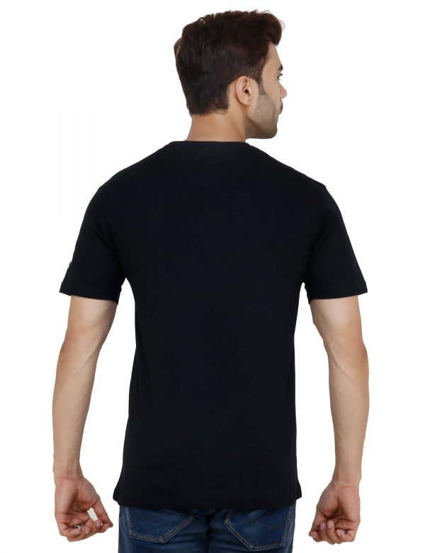 rear view of black colour unisex tshirt with i love burger printed on it